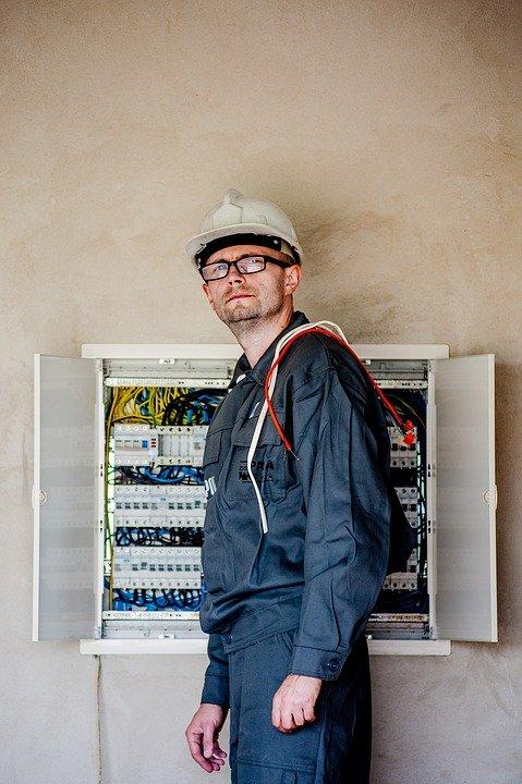 Read more about the article Jakie drzwiczki instalacyjne wybrać
