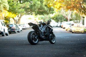 Usługi spedycyjne i sprawny transport motocykla z Anglii