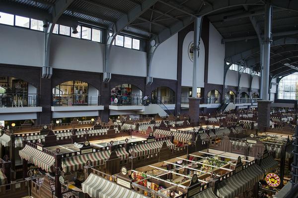 Namioty handlowe jako promocja