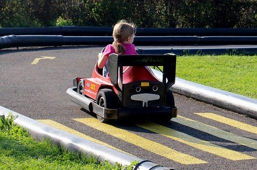 Akumulatorowy jeździk dla dziewczynki