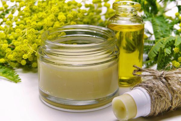 Read more about the article Moje ulubione kosmetyki konopne